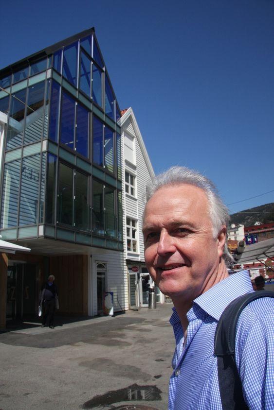 MER ENN TEKNIKK: - Jeg håper at vi vil få mer fokus på estetikk framover. Lys er mye mer en teknikk, sier Arne Grønsdal i CP-Norway AD.