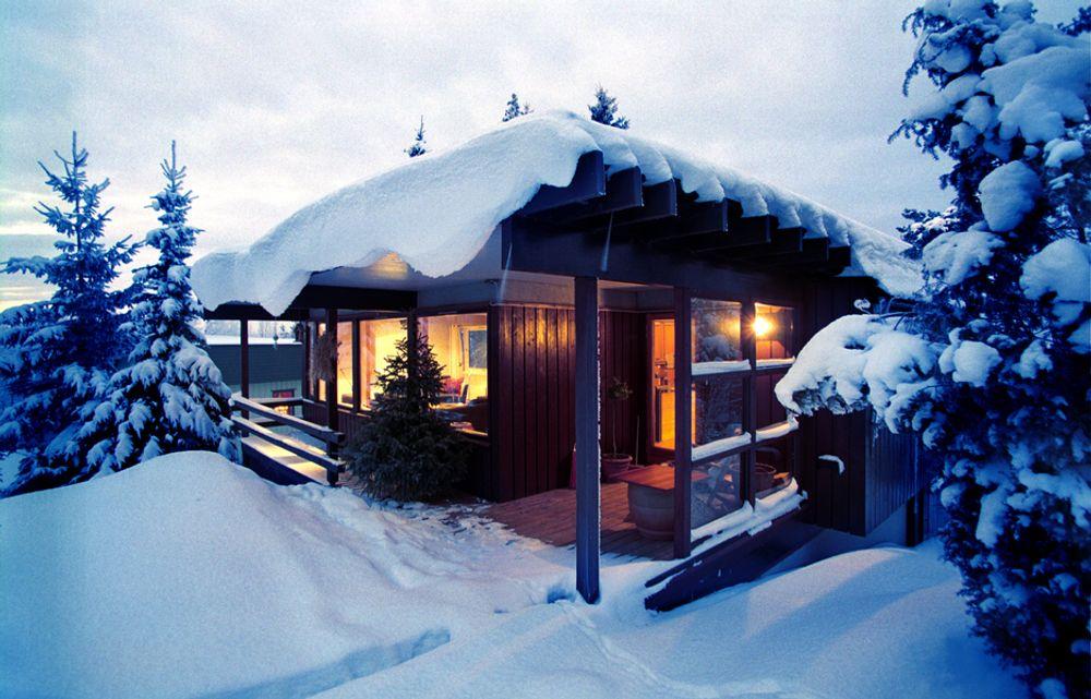 hytte vinter vinterferie hytteliv strøm strømforbruk kulde kaldt  VINTERLUKSUS: Hytteeiere ønsker mer luksusliv når de er på fjellet i vinterferien, og sparer ikke på strømmen. Forbruket har økt med 30 prosent på fire år.