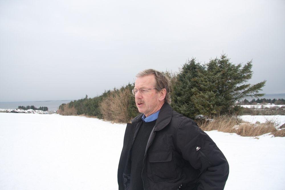 DYRT: - Fjernvarme er dyrt og heller ikke miljøvennlig, sier Odd Fanuelsen, daglig leder i Jåsund Utviklingsselskap.