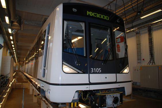 NUMMER 5: Dette er det femte, nye togsettet Oslo Sporveier har mottatt fra Siemens Transport Systems i Østerrike. Det settes i trafikk i morgen tidlig.