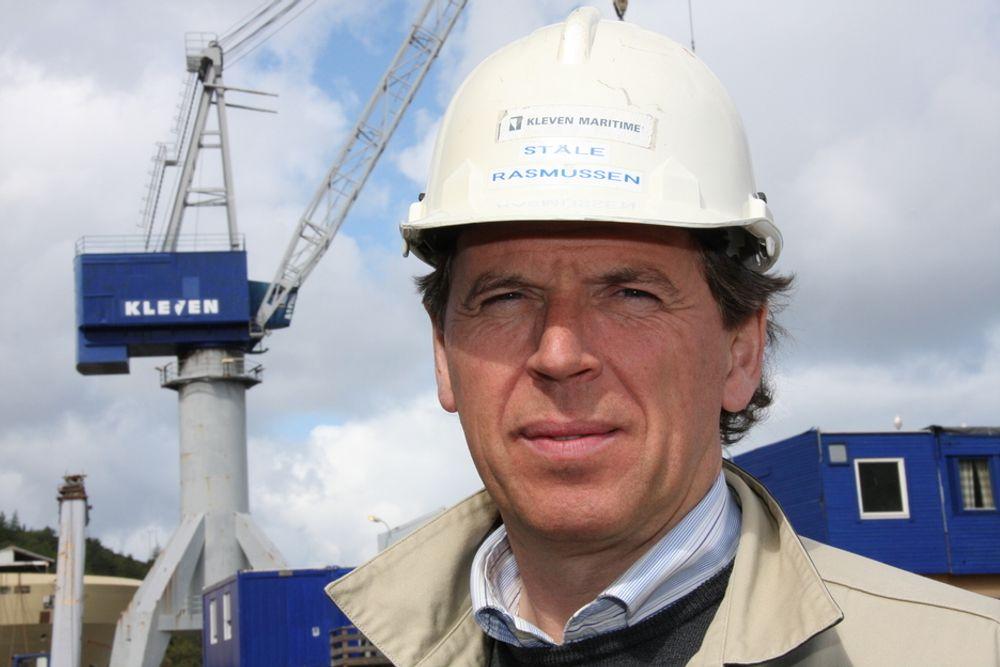STERK I TROEN: Ståle Rasmussen i Kleven Maritime bruker 24 millioner kroner på å utvide og ruste opp anlegget i Ulsteinvik.