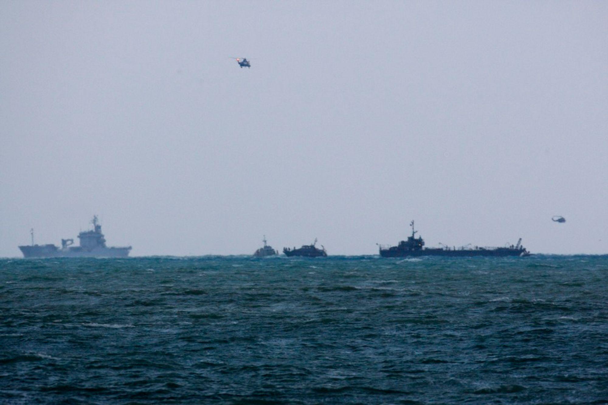 Flyet styrtet i havet bare 15 kilometer sør for Beirut - og 3,5 kilometer fra land. Så langt er to omkomne hentet opp fra havet.
