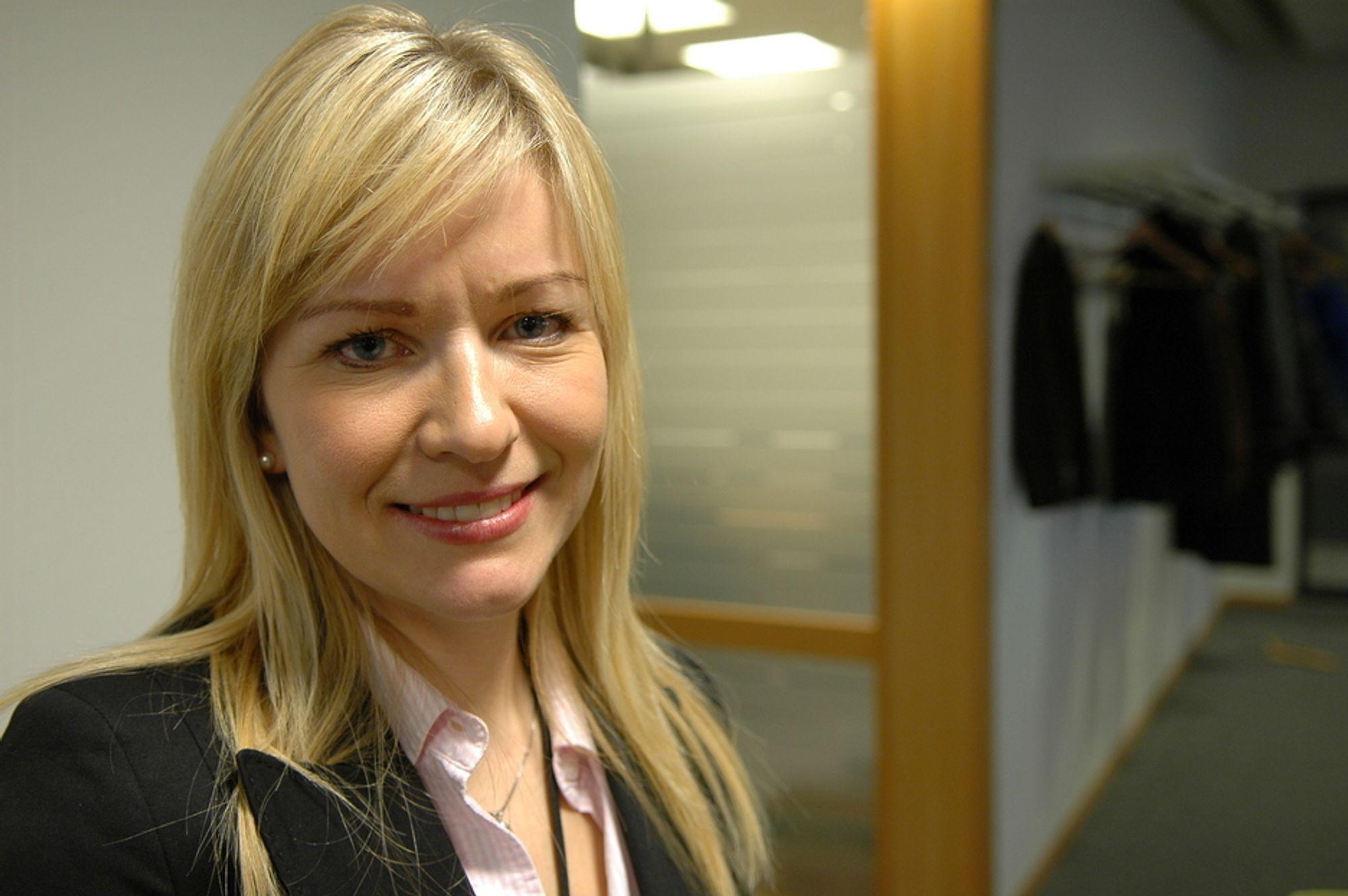 INGEN KONTRAKTLØFTER: Informasjonssjef Rannveig S. Stangeland i Statoil sier oljeindekserte gasskontrakter fremdeles vil være dominerende i framtiden, og hun kan ikke love at Industrikraft Midt-Norge får oppfylt  sitt ønske om gasskontrakter som svinger i takt med strømprisen.