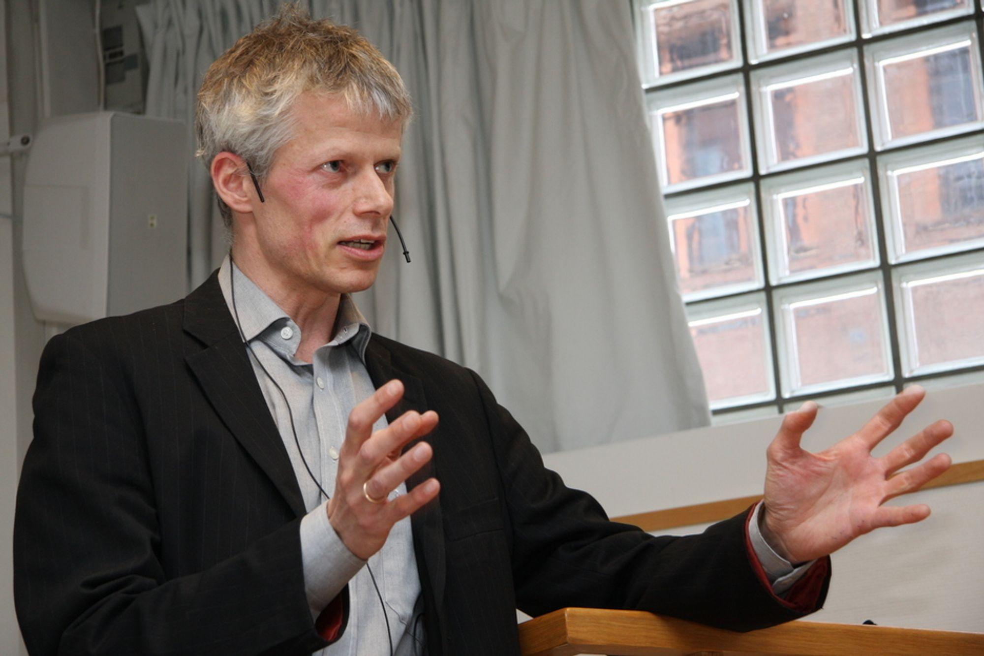 UT: Difi og direktør Hans Chr. Holte konstaterer at BankID ikke oppfyller kravene for å kunne benyttes ved pålogging til offentlige tjenester på nett.