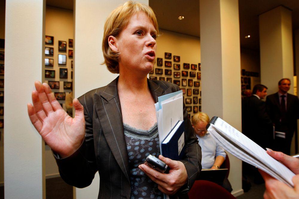 SVAR: Marianne Aasen viser til konkrete tiltak fra de rødgrønne.