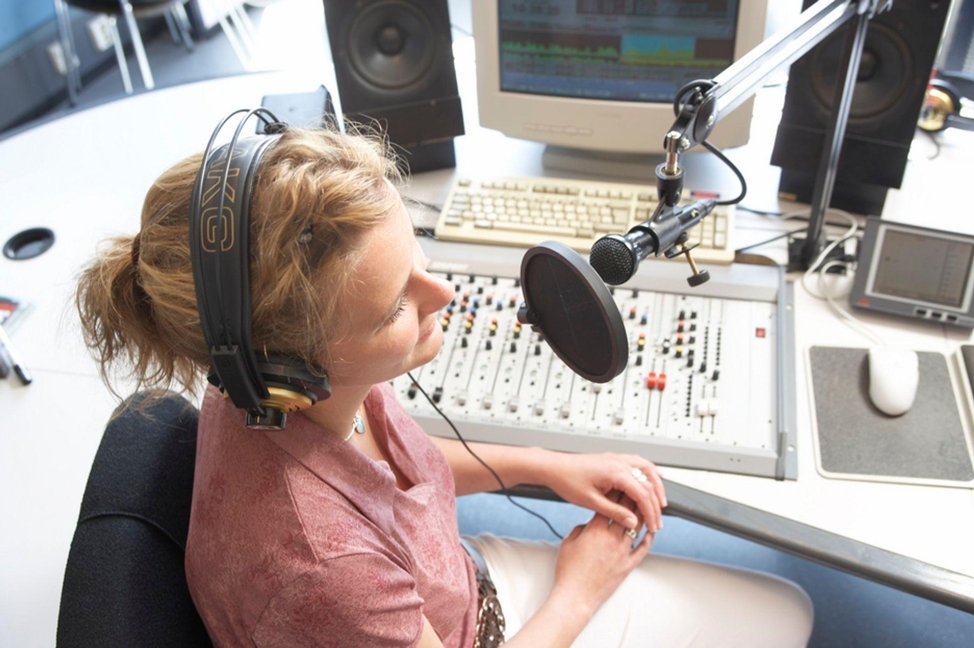 URETTFERDIG TEKNOLOGI: Radiobransjen venter spent på stortingsmeldingen om radio for å få en slutt på den urettferdigheten den mener FM-teknologien skaper i dag.