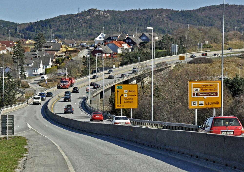 2. mars går fristen ut for å gi pris på driftskontrakten for et område som omfatter 11 kommuner i Rogaland. Kvelluren bru på E 39 i Sandnes inngår i dette området.