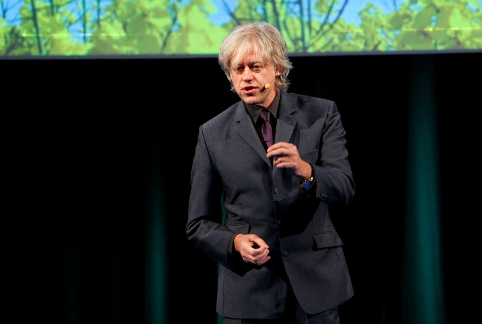 Artist og miljøaktivist Bob Geldof på ZERO-konferansen på Gardermoen mandag ettermiddag. Han beskriver Norge som et nøytralt land som provoserer få andre nasjoner, og derfor burde evne å vise lederskap i de internasjonale klimaforhandlingene.