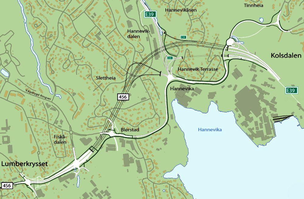 Den nye fylkesveg 456 er markert med hvitt der den går i dagen. Tunnelen er markert med stiplet sort linje. Prosjektet har en kostnadsramme på 1 080 millioner kroner.
