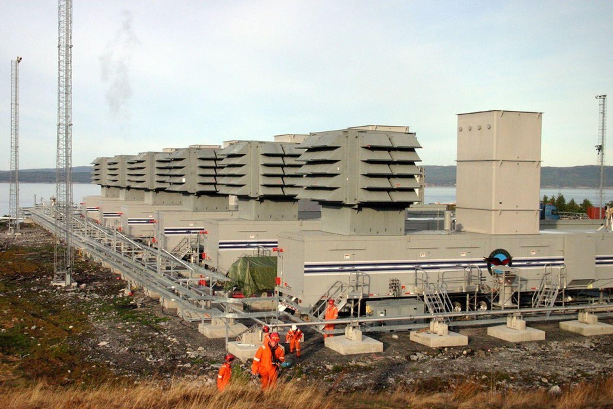 HANDLINGSPLAN: Høyre og Frp krever at regjeringen lager en handlingsplan om kraftsituasjonen i Midt-Norge. Bildet viser reservegasskraftverket på Tjeldbergodden.