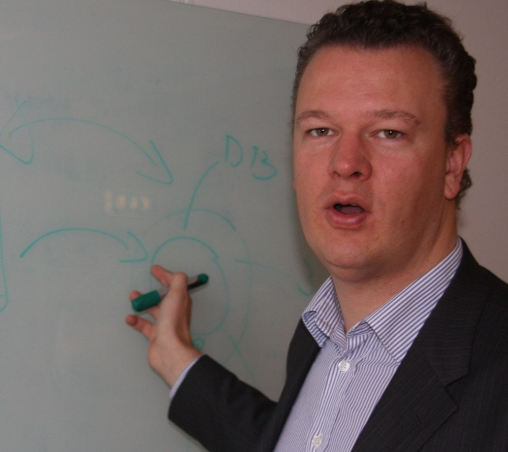 VANSKELIG: Salgsdirektør Ole Andersen hos CA Technologies Norden har en stri tørn med å ovebevise næringslivet om at det kan bli kostbart å fikse feil i inntektsbringende nettjenester først etter at det er opptått feil.