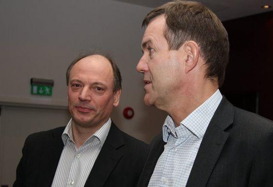 OLFs konjunkturrapport 2010, lagt fram 11.11.10.  OLFs konjunkturrapport 2010, lagt fram 11.11.10. Lagt fram av Bjørn Harald Martinsen, fagsjef økonomi i OLF (t.v. på bildene). Direktør næringspolitikk i OLF, Alfred Nordgård var også med.