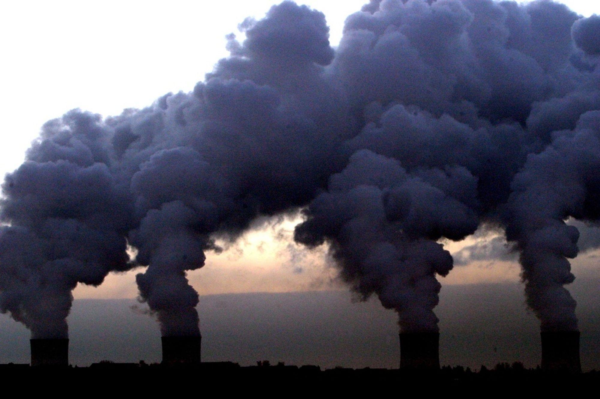 Verdens CO2-utslipp øker raskere