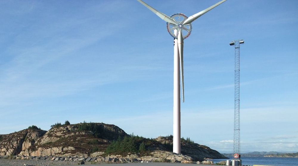 KJEMPETURBINEN: Dette er Sways skisse av kjempeturbinen på 10 megawatt som skal testes ut i Øygarden utenfor Bergen og siden til havs. Om 3-4 år kan den være kommersiell, mener Sway.