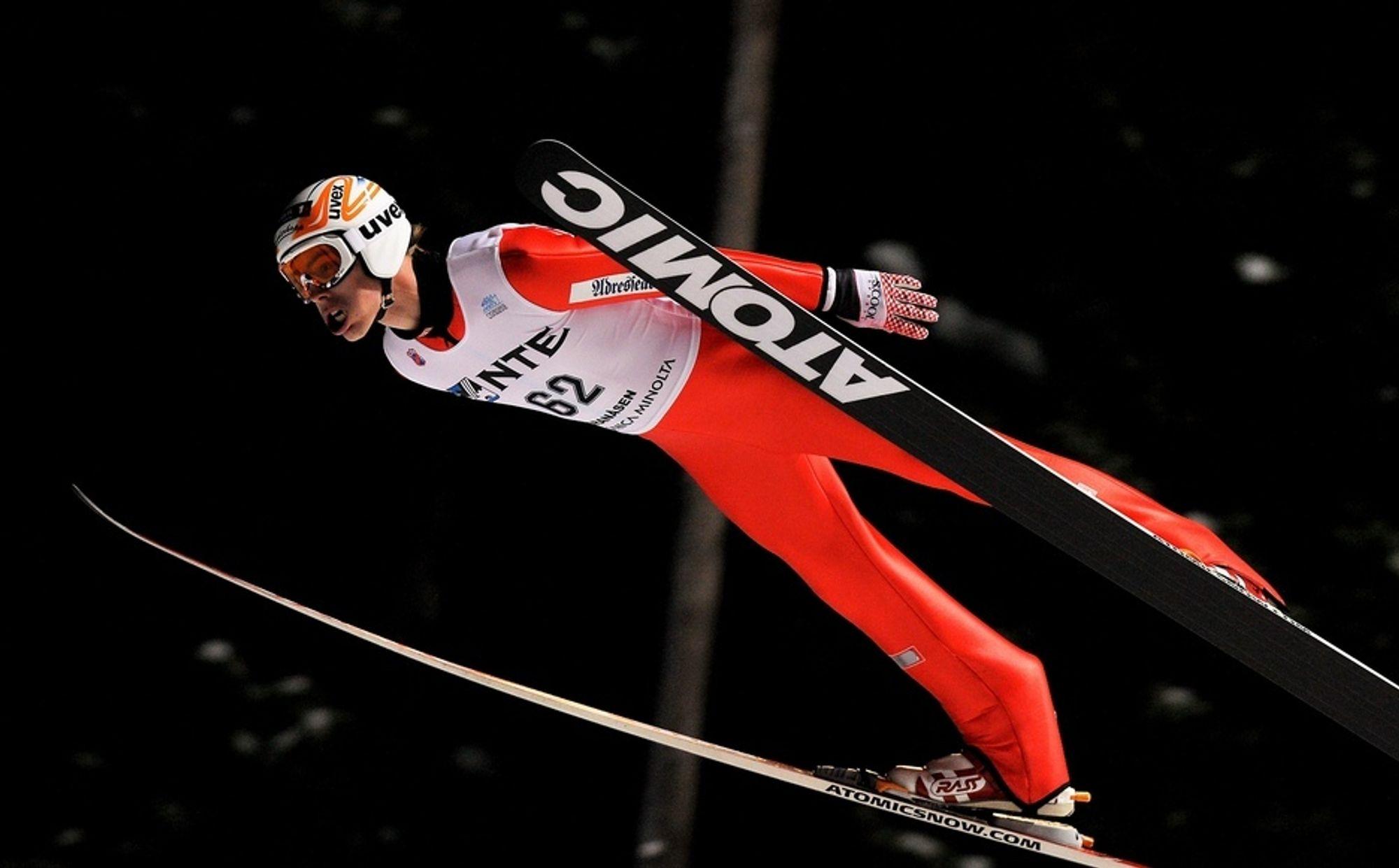 LANGT: Trenerteamet i hopplandslaget mener det gjør en langt bedre jobb med pc på fanget under OL.
