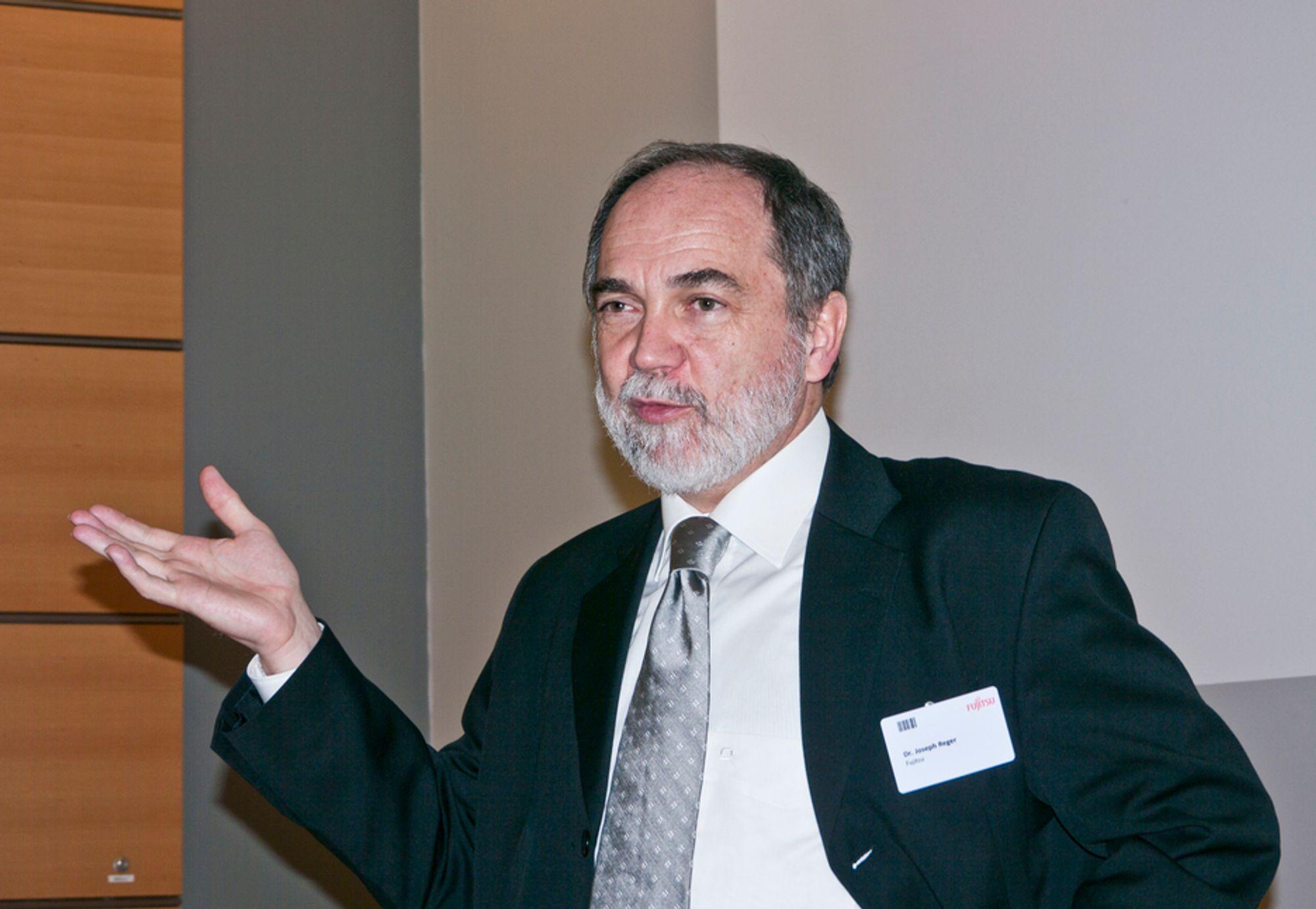 IKKE SKYFRITT: Store juridiske hindringer står i veien for utvikling av cloud computing som et profesjonelt verktøy for næringslivet, ifølge Fujitsus teknologidirektør Joseph Reger.