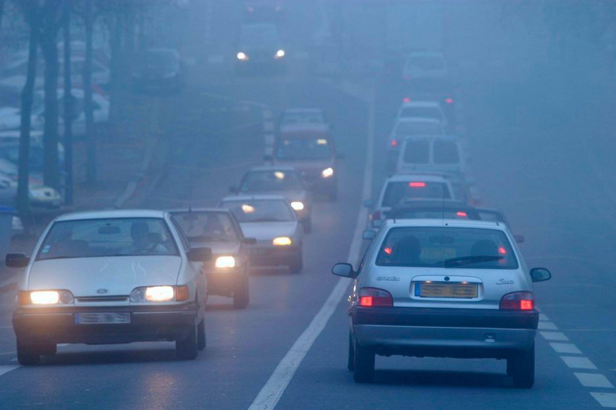 FORSKER PÅ NANOPARTIKLER: Danskene har nettopp avsluttet et forsøk hvor de har fanget partikler fra motorer som kjører på ulike biodieselblandinger. Resultatet kan bidra til å finne svar på om nanopartikler utgjør større helsefare enn større partikler.