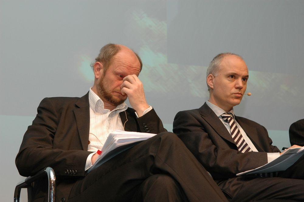 Anders Ryssdal i Oljeindustriens landsforening (t.h.) vil ha klarlagt oljeressursene i Arktis. Her med Norsk Industris Stein Lier-Hansen.