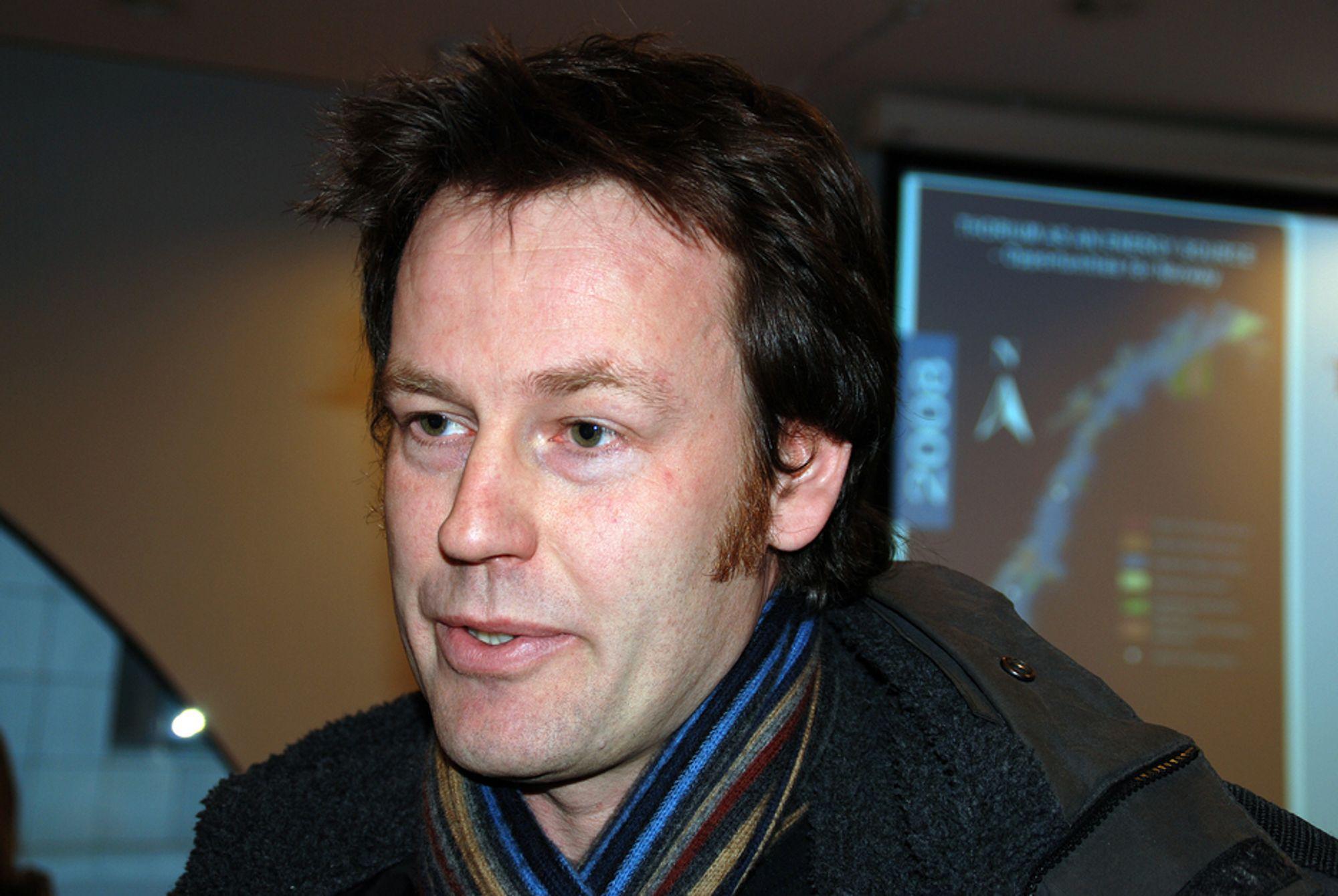 UAKSEPTABELT: Det er uforsvarlig og uakseptabelt å sende norsk høyaktivt atomavfall til Russland, mener atomfysiker Nils Bøhmer i Bellona. Han mener vi bør behandle avfallet i Norge.