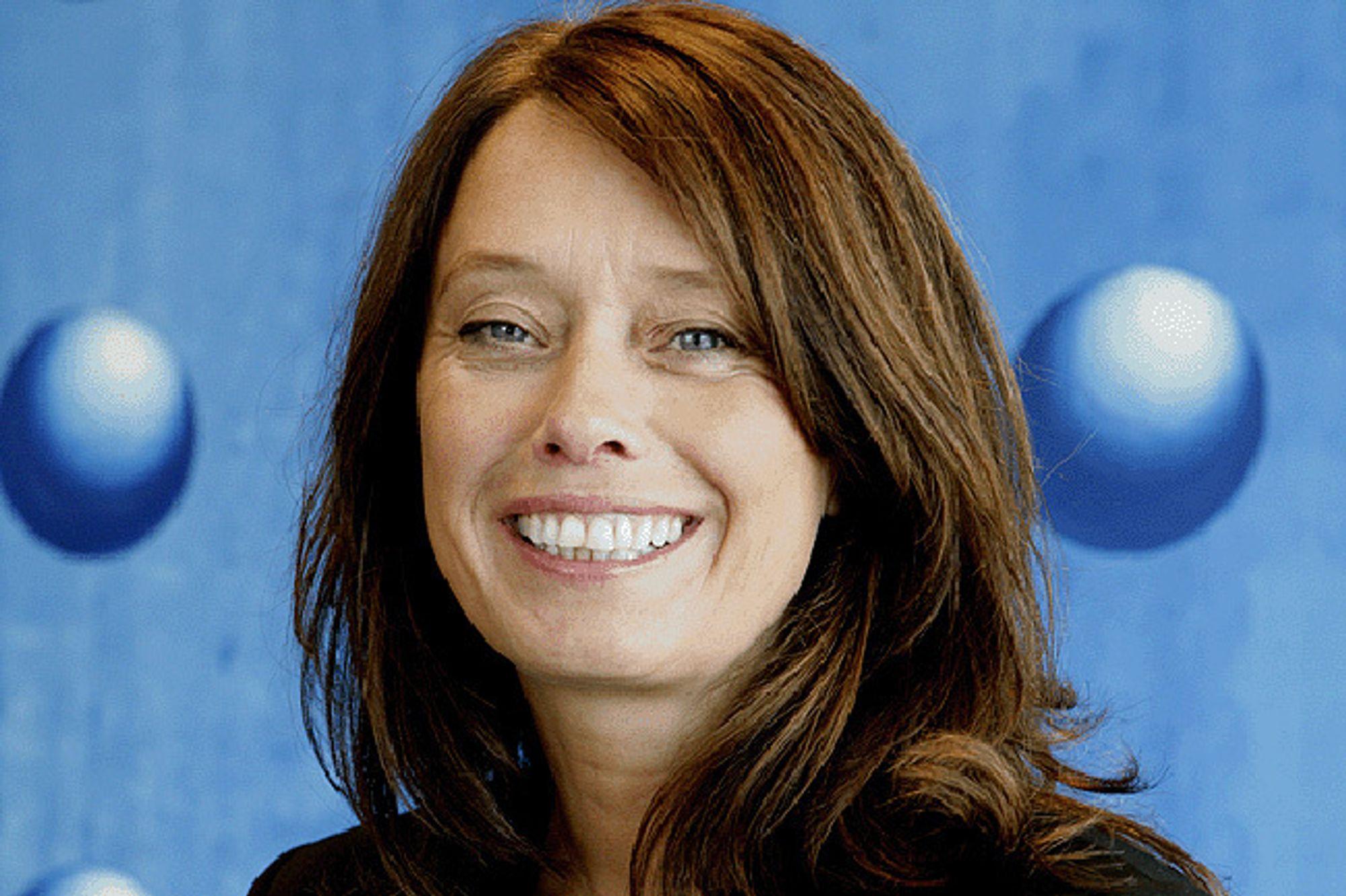 STIGER: Hege Skryseth overtar toppsjefstillingen i Microsoft Norge.