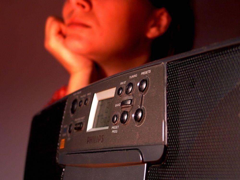 PRESSER: De tre riksradioaktørene går sammen om å presse frem en raskere overgang fra FM til digitale radiosendinger.