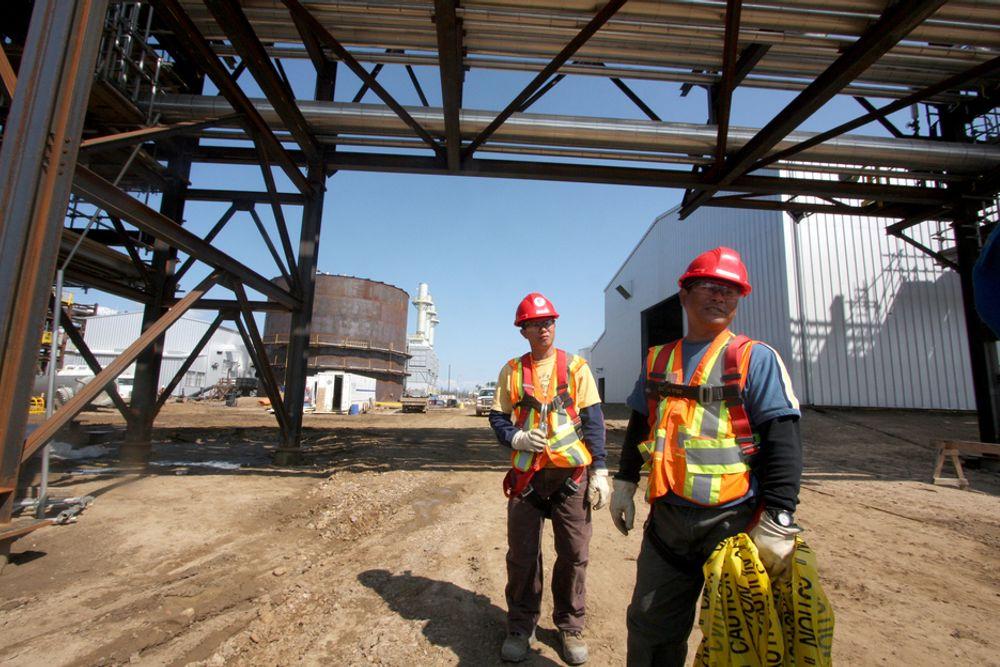 LURES: Alberta er i ferd med å bli et nytt Midtøsten, med en gruppe annenrangs arbeidere. De blir lokket til Canada med falske løfter om muligheter til permanent opphold, sier arbeidsrettsadvokat Yessy Byl.