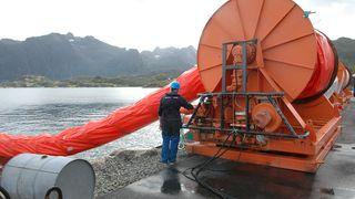 Oljevern i metervis fra Lofoten og Vestrålen
