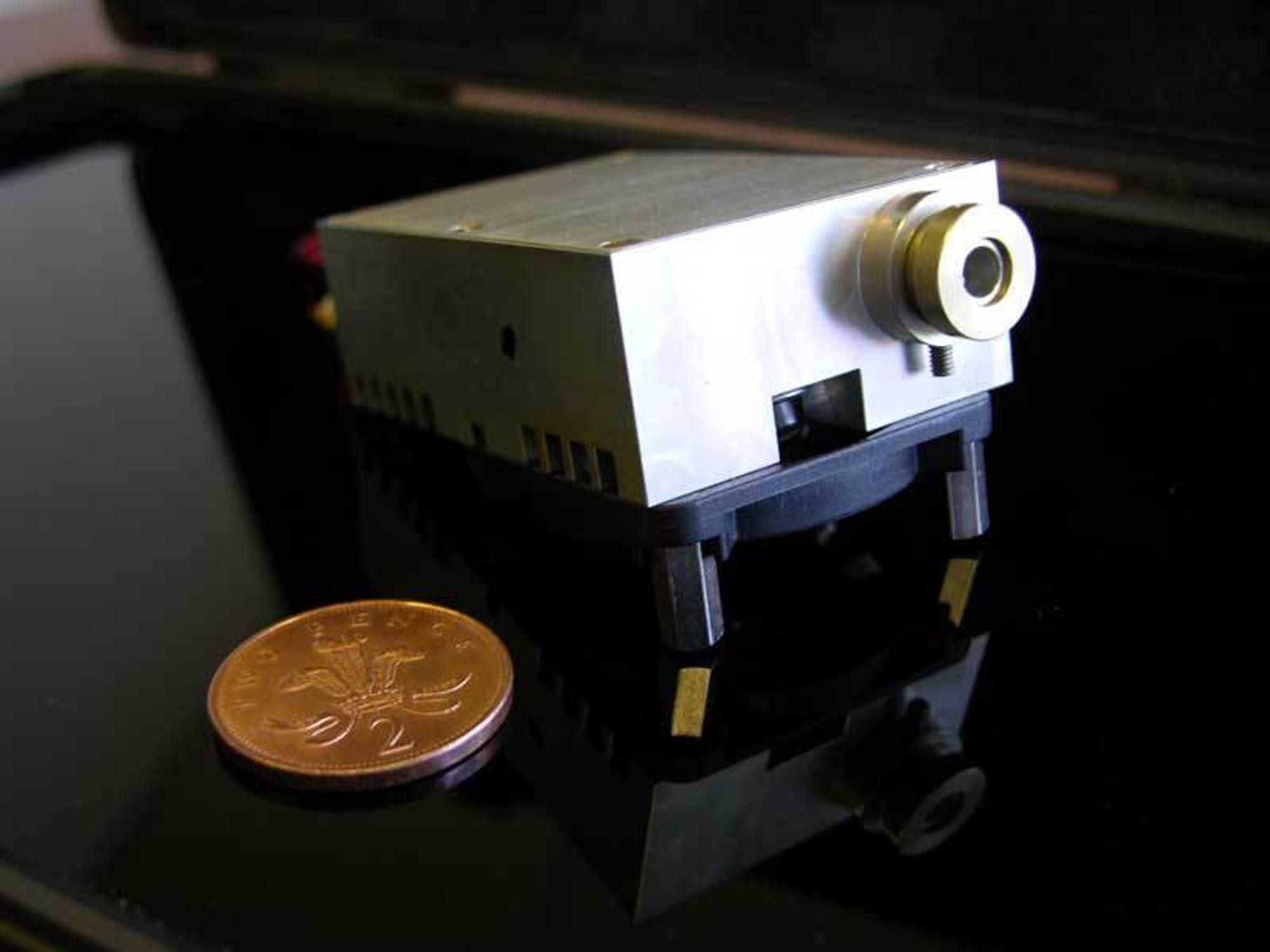 SMÅ: Amerikanske Light Blue Optics' projektorer tar svært liten plass.
