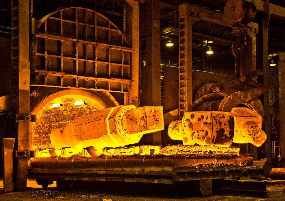 NY OVN: Scana Industrier investerer i produksjonen for å stå bedre rustet når finanskrisen er over. Her ser vi ny smieovn.