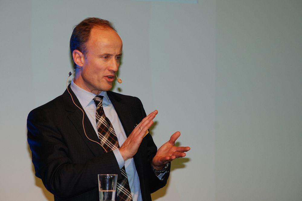 LOVER VINDMILLIARD: Enova-sjef Nils Kristian Nakstad setter av en milliard kroner til vindkraft det neste året. Nå håper han at utbyggerne følger opp og setter spaden i jorda.