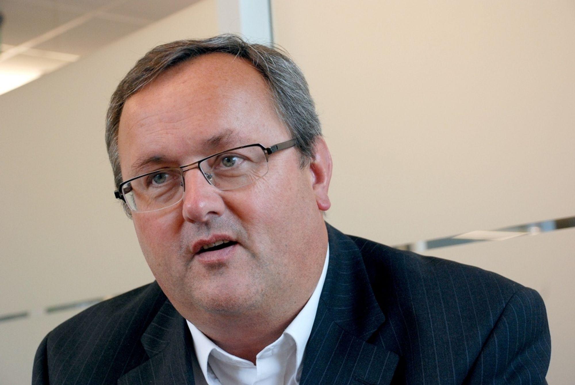PRISVINNER: Direktør Steinar Bysveen i Energibedriftenes Landsforening får Energidagenes hederspris for foreningens prosjekt Grønn Boks.