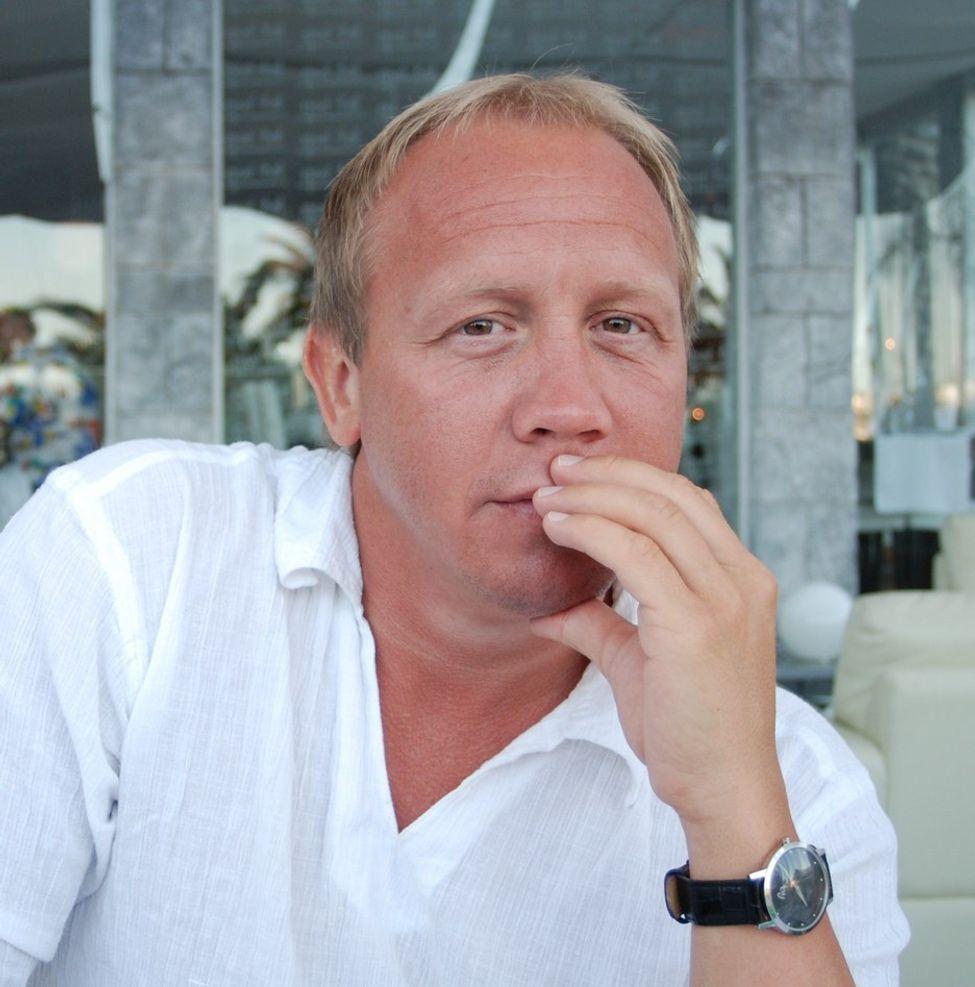MER RÅSKAP: Jonny Tungen (37), gründer av IKT-selskapet Intelligent Quality (IQ) savner mer råskap i Norge og drømmer om fotballbransjen.