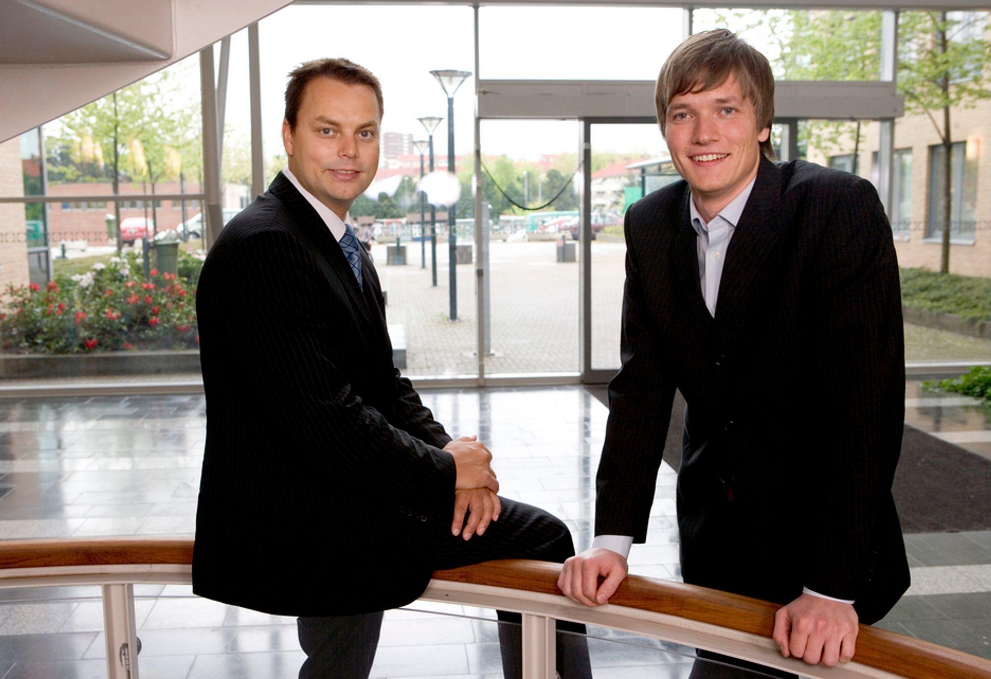 ØKER: Adm. dir. Stian Rustad (t.v.) og driftsdirektør Ståle Risa har doblet omsetningen på webbaserte løsninger.