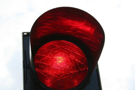 Rødt trafikklys_ stopp