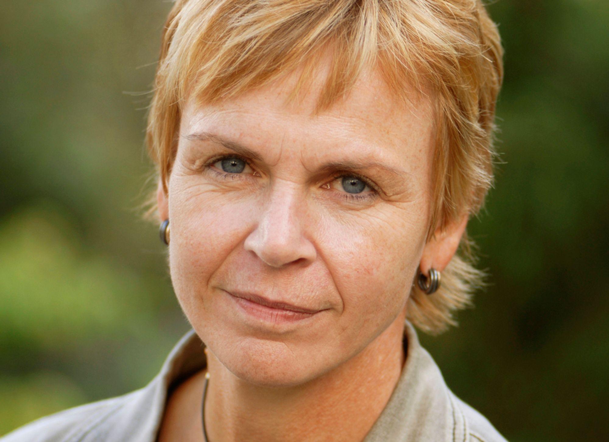 HJELP: NITO-president Marit Stykket stepper inn og låner penger til medlemmer som sliter på grunn av den lange saksbehandlingstiden hos NAV.