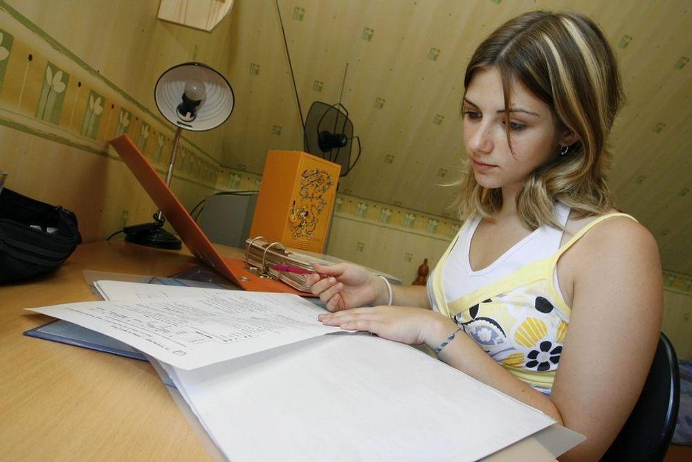TALL: Hvorfor vil færre jenter studere realfag og teknologi i Norge enn i andre land?