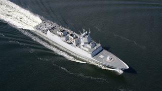Bildeserie: Fregatten seiler inn til Oslo