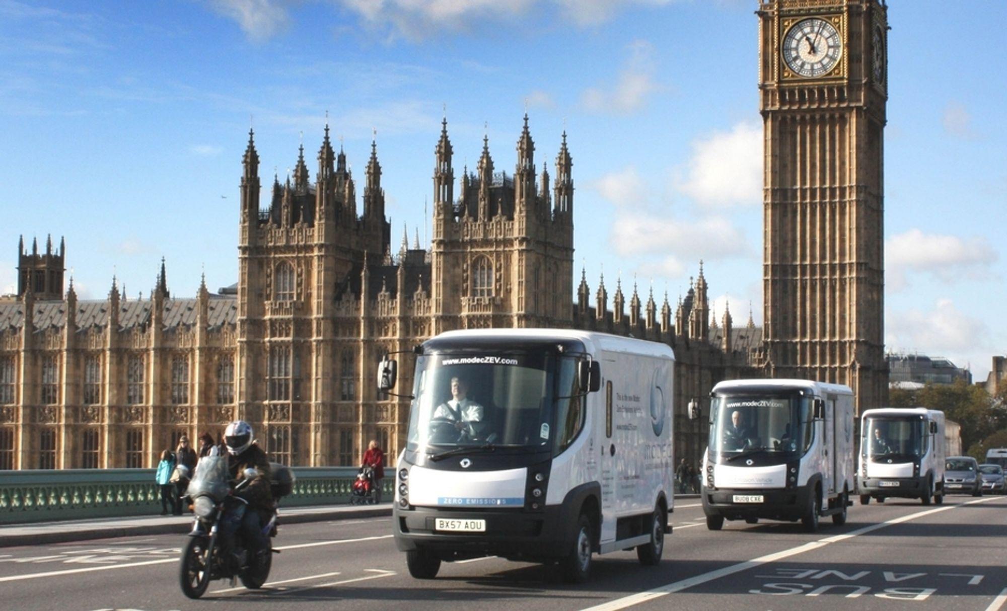 Kongsberg Automotive skal levere elektriske skifter og pedalsystemer til disse britiske el-bilene. Nå har bildelsprodusenten gått sammen med andre bedrifter i et prosjekt rettet mot fremtidens elbiler.