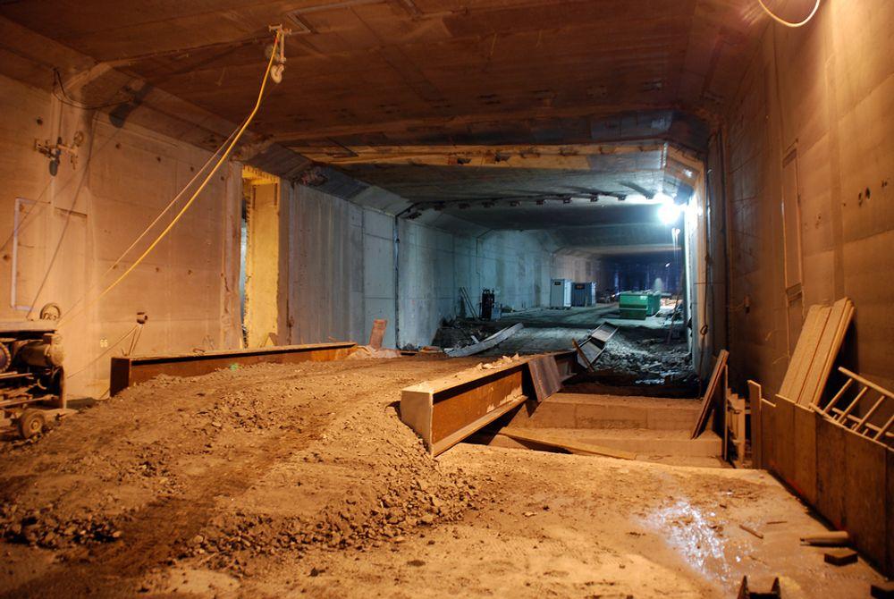 Her skal E18 etterhvert gå, under fjorden i Bjørvika. Nå er det bevilget 215 millioner kroner ekstra til prosjektet.
