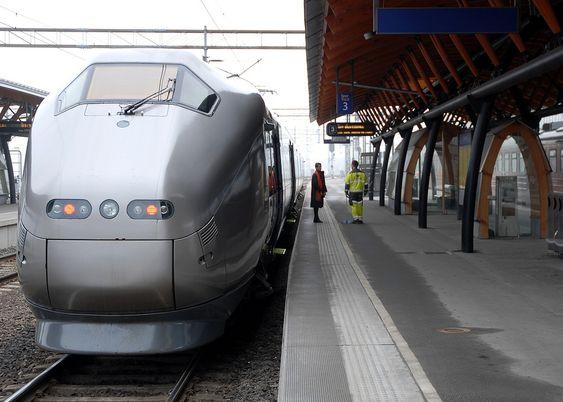 Flytog, flytoget, Drammen stasjon