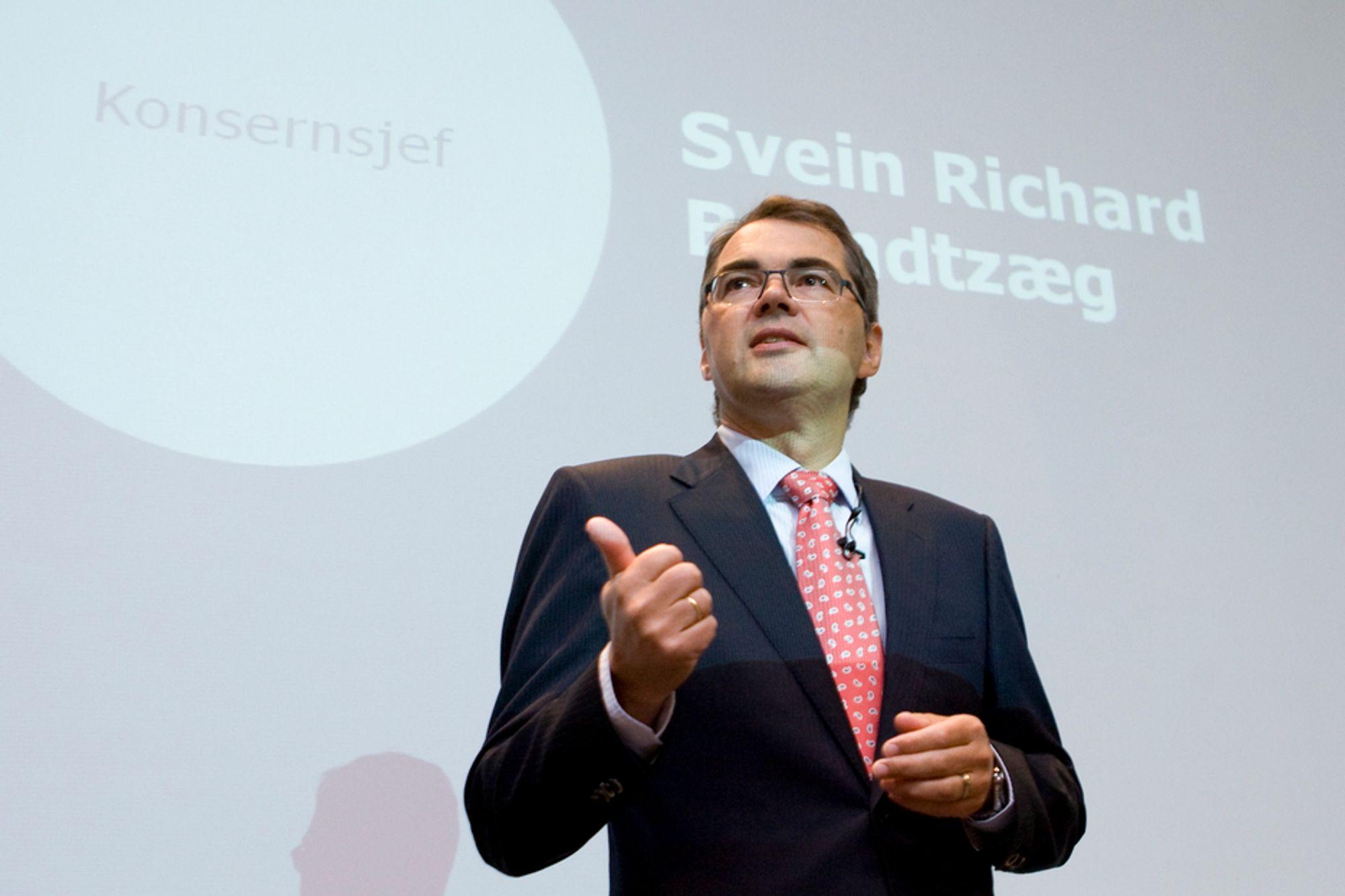 - Krisen er ikke over, var åpningsordene til Hydro-sjef Svein Richard Brandtzæg da han presenterte resultatet for tredje kvartal i dag.