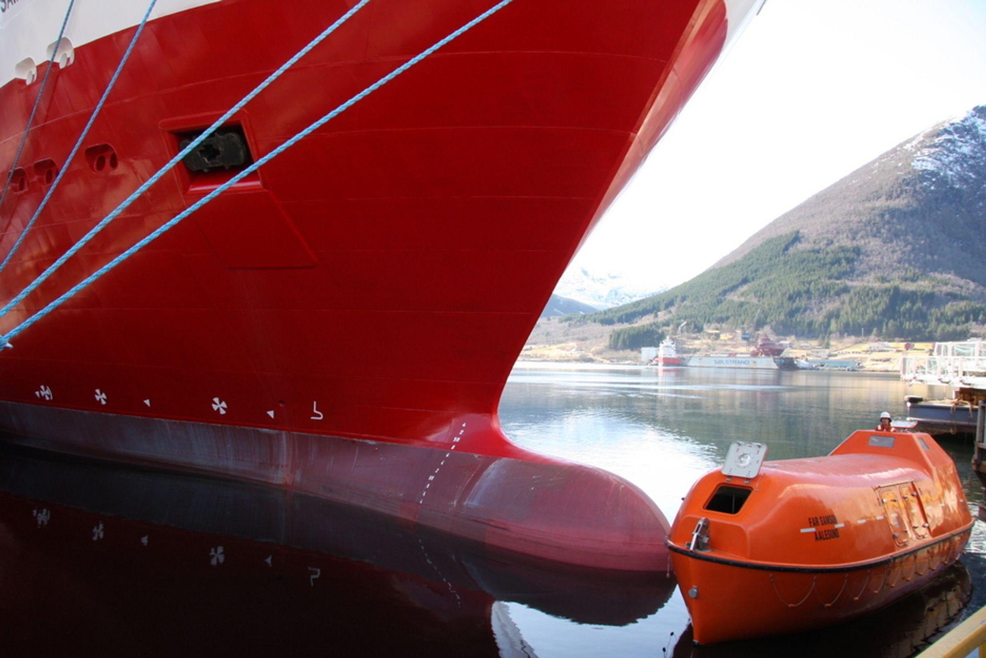 SIKKERHET: Regjeringen vil arbeide aktivt for en sikrere skipsfart og viderefører arbeidet lansert i strategidokumentene Stø kurs.