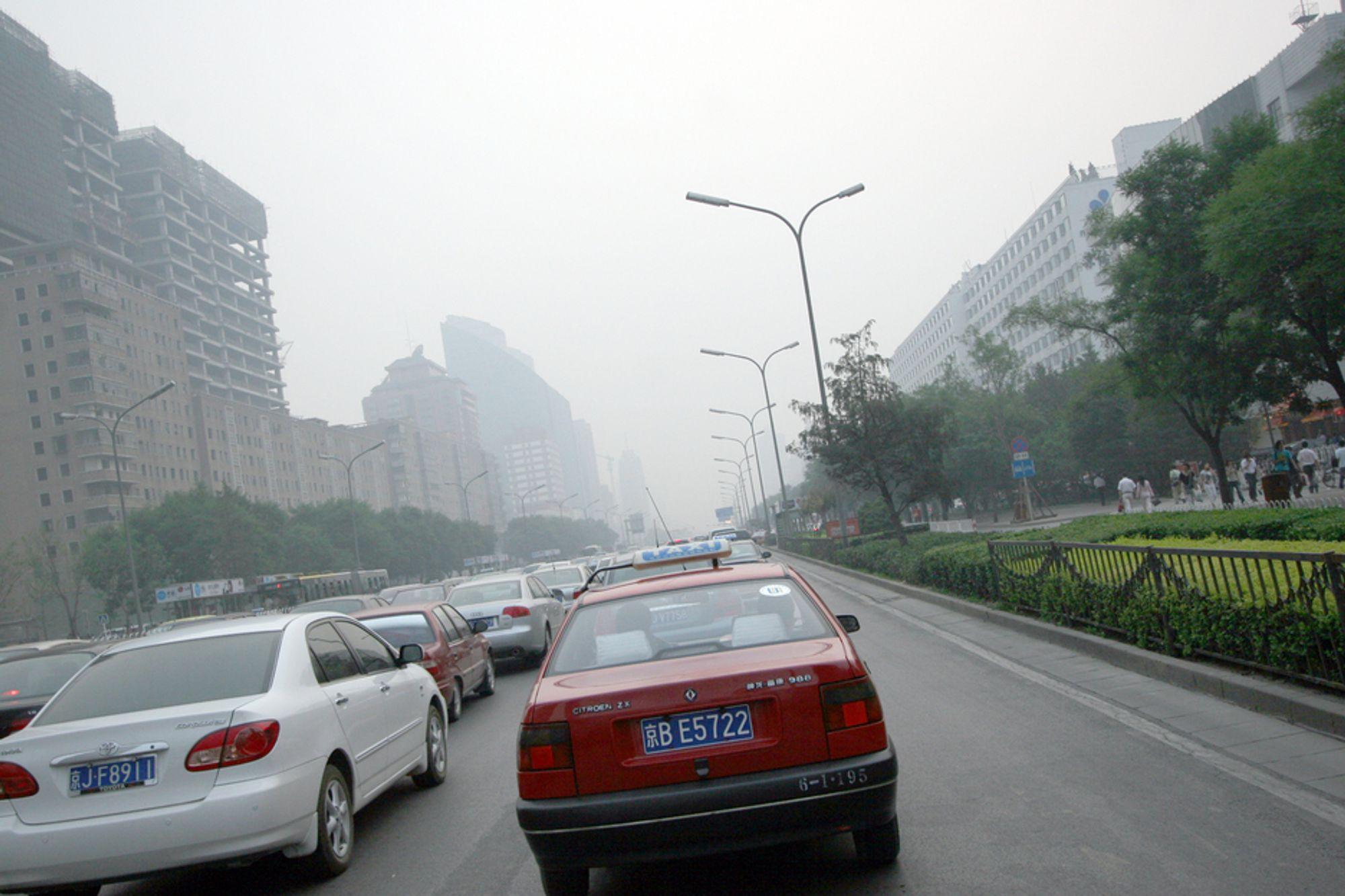 Under OL i Beijing i fjor var luften så ren at solen tittet frem. Nå er forurensningen tilbake.