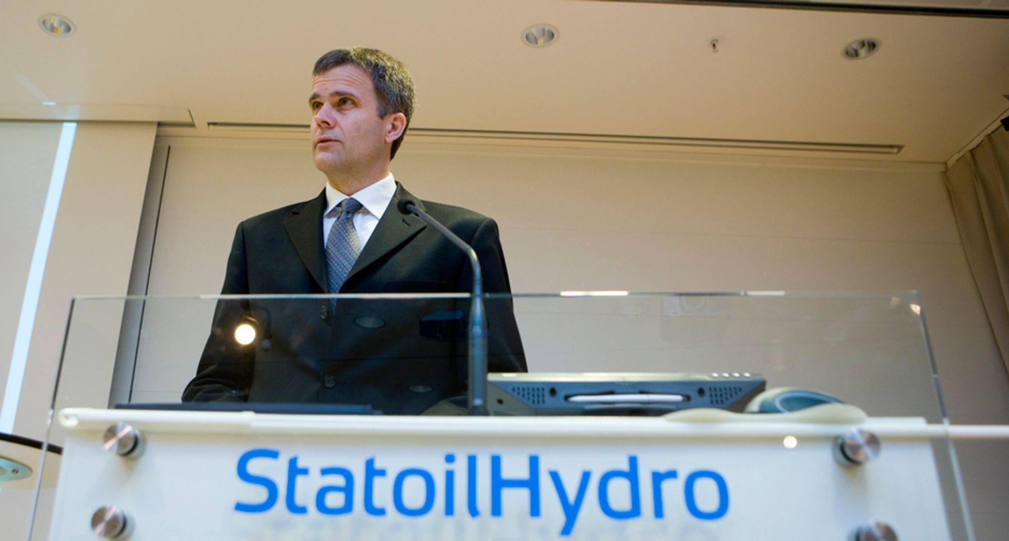I NULL: Konsernsjef Helge Lund må se langt etter tidligere tiders rekordresultater. StatoilHydro gikk i null andre kvartal 2009. Det skyldes lavere priser og skatt på valutagevinster.