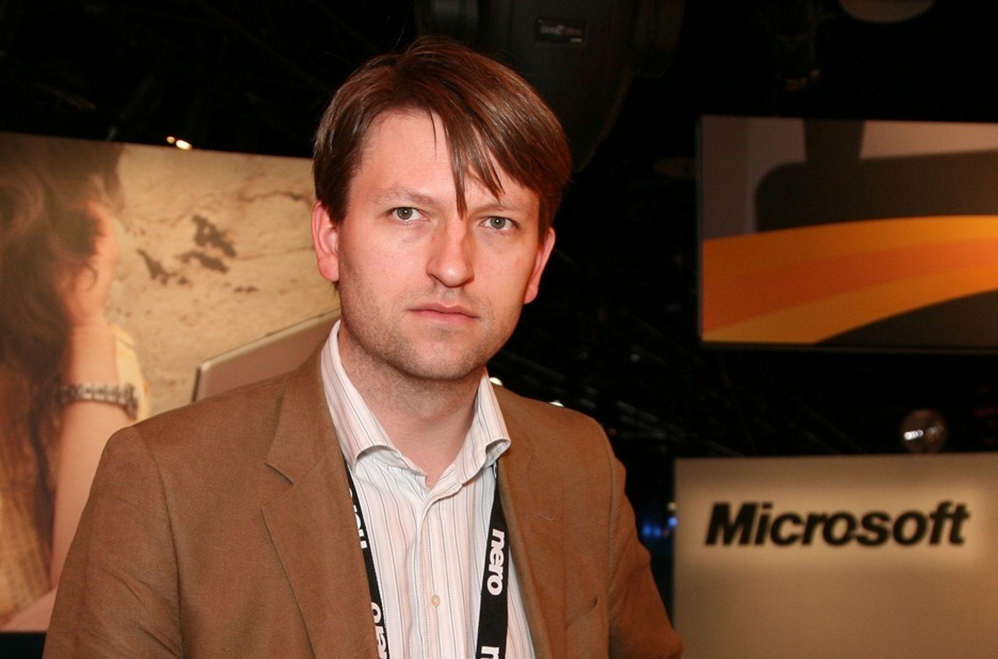 Uvisst: Kommunikasjonsdirektør Eirik Lae Solberg har ennå ikke fått beskjed om oppsigelser hos Microsoft Norge.