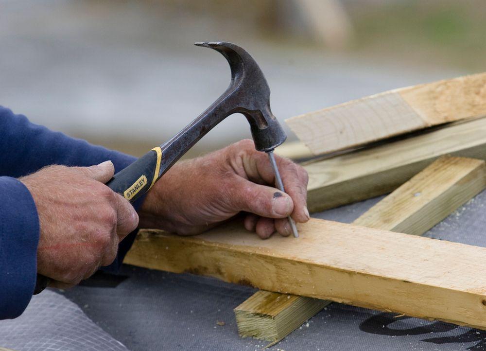 MÅ BETALE: Stavanger-mannen engasjerte et byggefirma til å fikse hytta si, og betalte svart. Nå må han i fengsel.