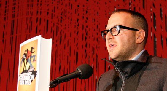 Cory Doctorow var i Norge for å presentere den norske oversettelsen av ungdomsboken «Veslebror ser deg».