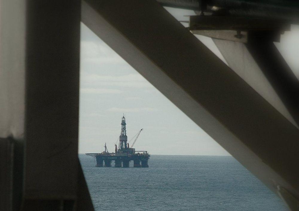 Scarabeo 8 må tilpasses arktiske forhold skal den få bore i Barentshavet om vinteren. Her ser vi Scarabeo 5.