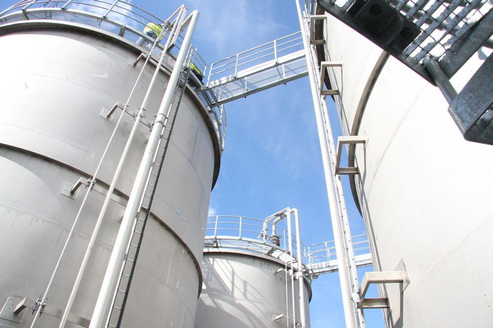 Uniol kan igjen starte produksjonen av biodiesel. Men bedriften er nå på utenlandske hender.