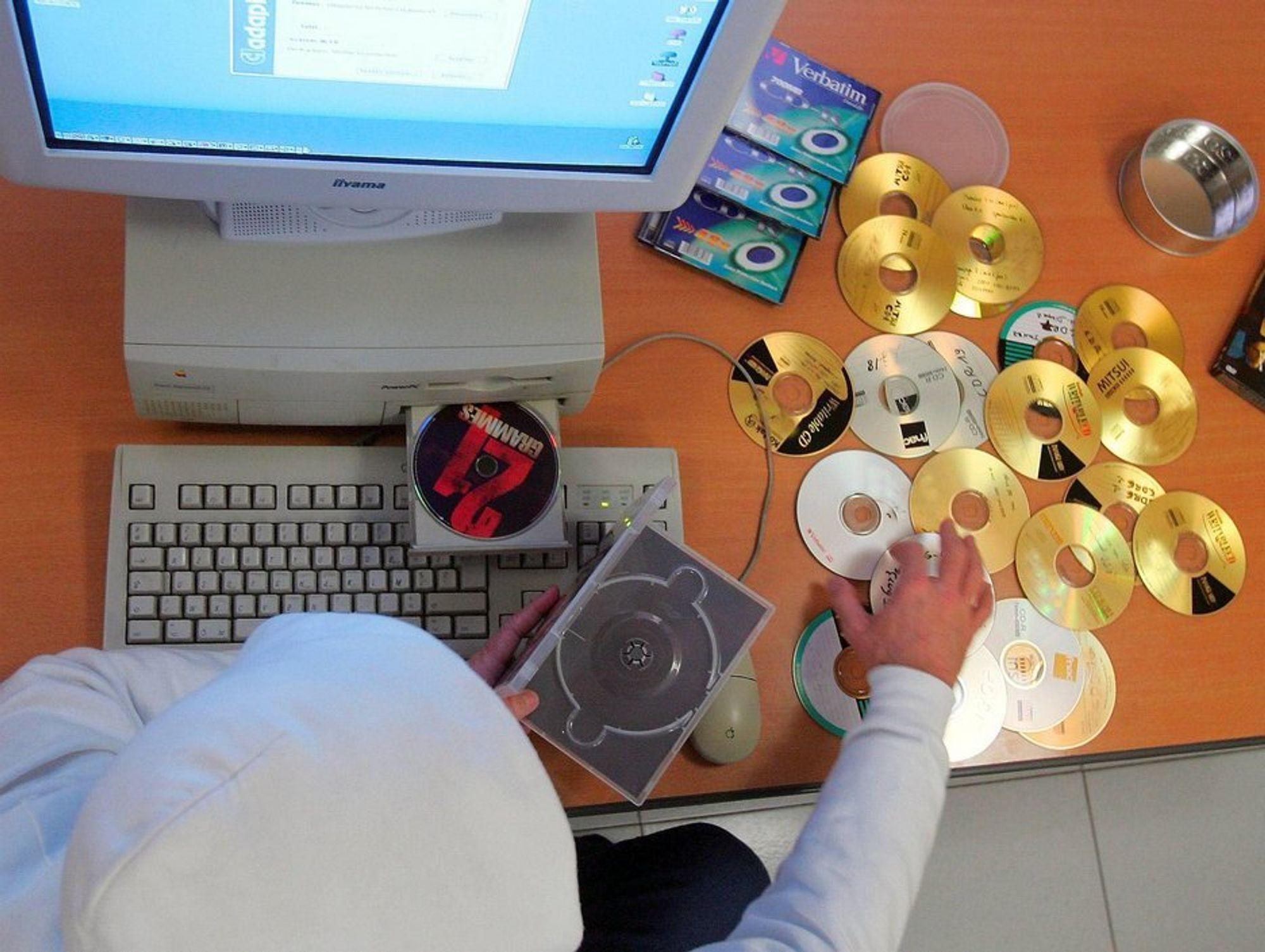 En ny internett-nemnd kan avgjøre fremtidige fildelingssaker.